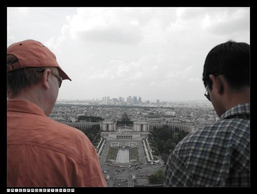 la vue entre deux hommes