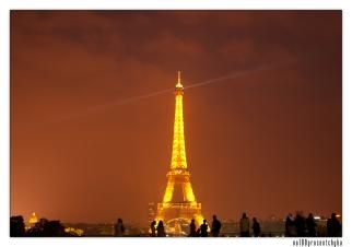 wieża z placu Trocadero - 02