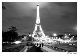 wieża z placu Trocadero - 03