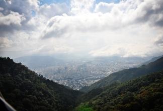 caracas_El_Teleferico_de_Caracas_widok_na_miasto_04