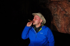 Another cigar smokers representative on behalf of uncle Nice Hat ;)