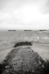 trzy barki i zejście na płycizny