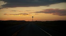 scena przy drodze / scene by the road