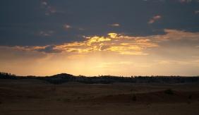 wzgórza o zachodzie / sunset over the hills