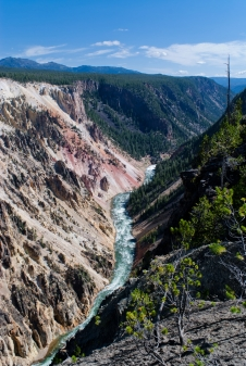 Grand Canyon of the Yellowstone 03