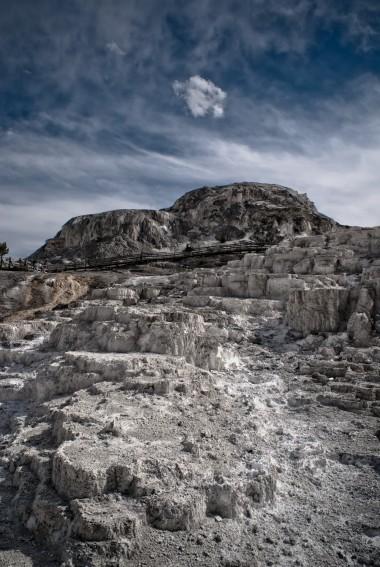 Mammoth Hot Springs 03