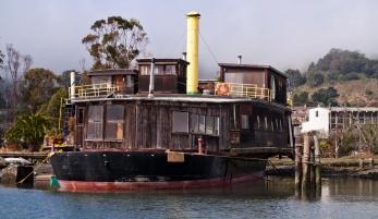 Houseboat 04