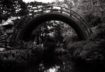 a bridge in the Japanease Tea Garden