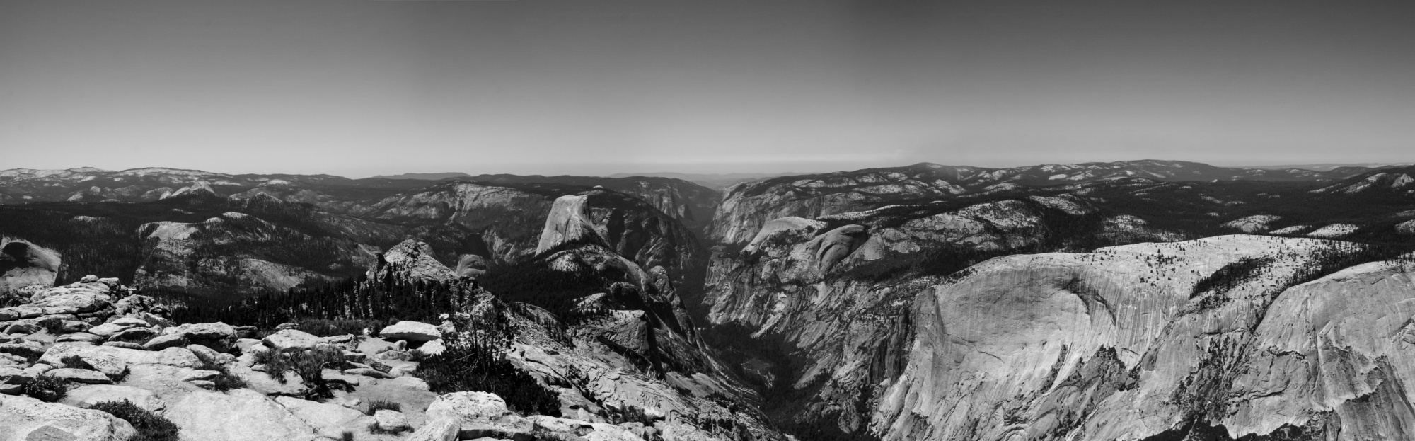 Yosemite valley - View on from the Clouds Rest
