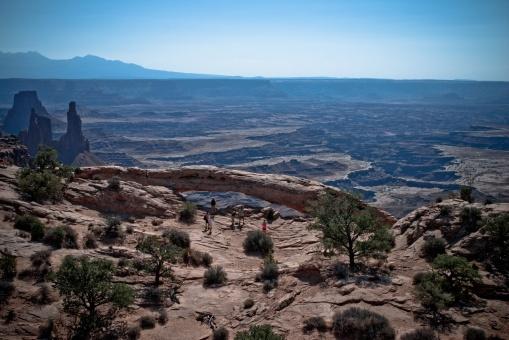 Canyonlands-10-Mesa_Arch