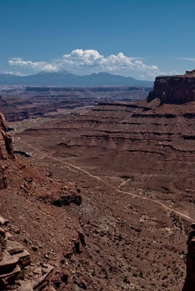 Canyonlands-24-Shafer_canyon