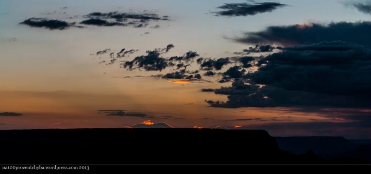 sunrise in Grand Canyon / wschód w Wielkim Kanionie