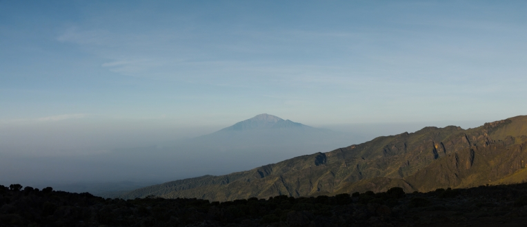Kilimanjaro - panorama - 004 - Camp no 3 - Mt Meru