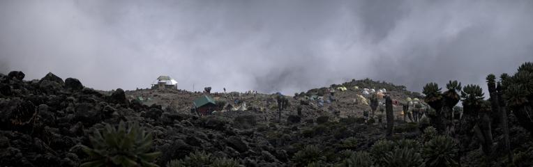 Kilimanjaro - panorama - 010 - Camp no 4