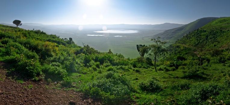 Tanzania-Ngorogoro_Conservation_Area-000-Panorama-4-DSC_5975_DSC_5987-13 images
