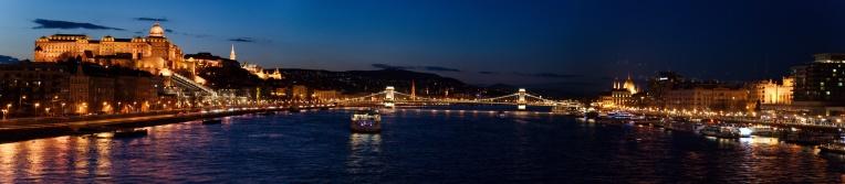 Budapest-PANO-[Group 3]-20150403-120726_DSC_9388_20150403-120932_DSC_9403-6 images