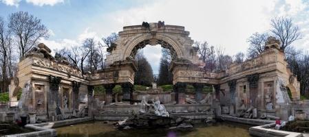 Schönbrunn_Palace-panorama-3-[Group_1]-20150404-072539_DSC_9510_20150404-072548_DSC_9516-7_images