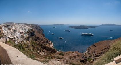Fira-bay-panorama-16 images